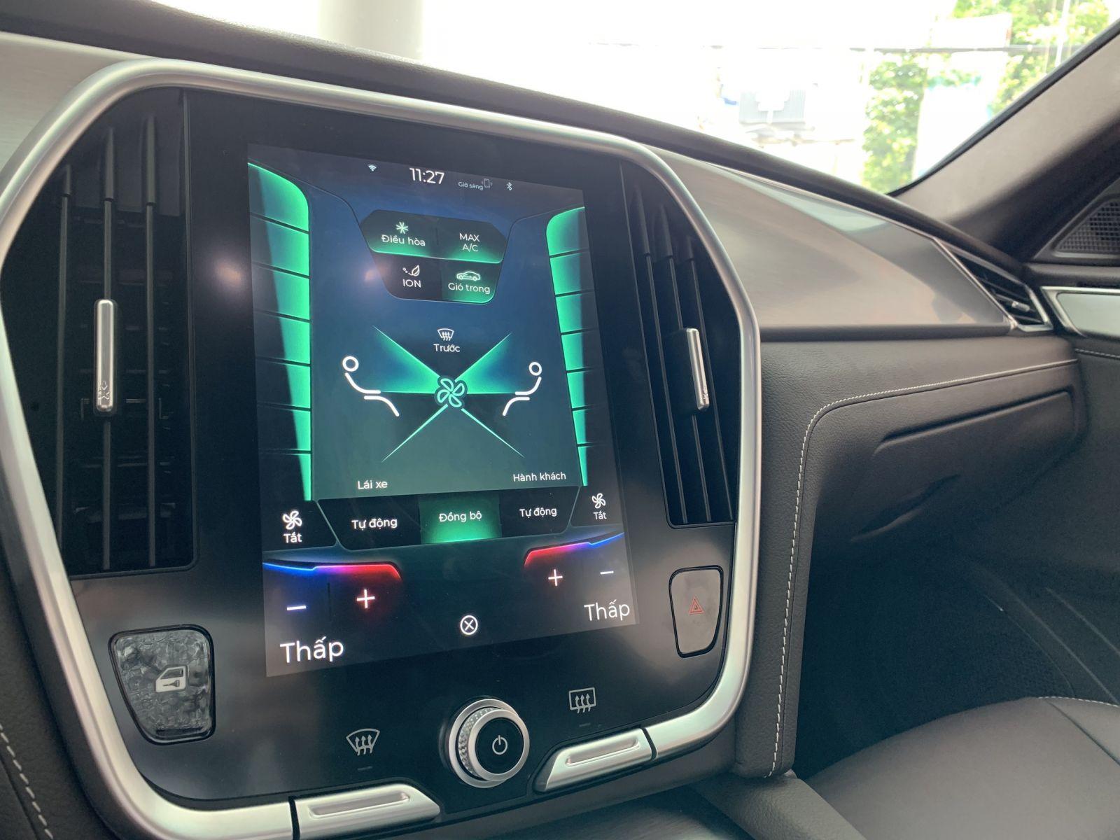 màn hình xe vinfast